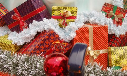 9 – Easy Tips For Christmas Shopping On A Budget